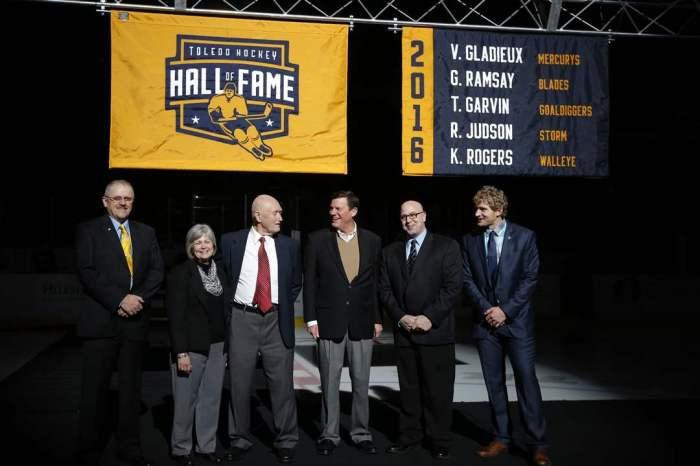 2016 Hockey Hall of Fame.jpg